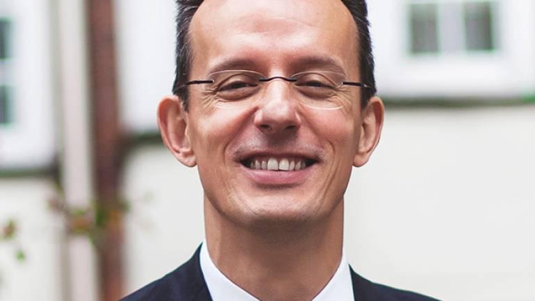 Prof. Rafael Palacios